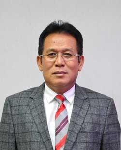 Rektor Unimed Prof DR Syawal Gultom