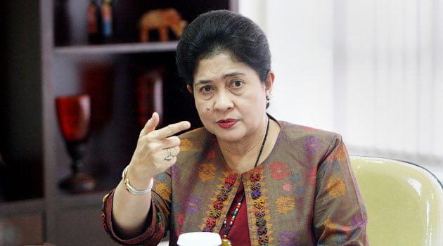 Menteri Kesehatan Lila F Moeloek